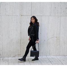 Just because it's spring doesn't mean I'm gonna stop wearing black!  #ootd #wednesdayfunday #nycstyle #nycstreetstyle #wintertime #winterstyle #whatiwore #outfit  #nyc #styleoftheday #ontheblog #nycfashionblogger #nycfashion #casual #photooftheday #bloggerstyle #instamood #outfitpost #streetstyleluxe #lookbook #fashionbloggerdigest #chanelboy #chanel