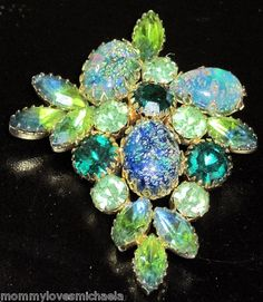 Blue Green Cats Eye Cabochon Rhinestone Pin
