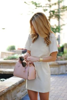 Neutral with a pop of pink!
