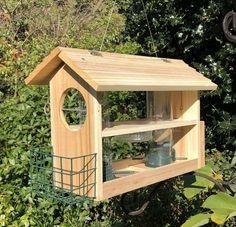 Garden Bird Feeders, Wood Bird Feeder, Squirrel Proof Bird Feeders, Bird Feeder Plans, Bird House Feeder, Hanging Bird Feeders, Homemade Bird Houses, Homemade Bird Feeders, Bird Houses Diy