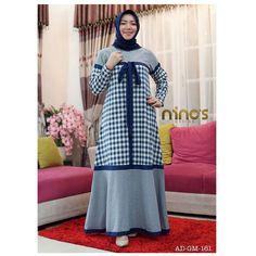 Abaya Fashion, Modest Fashion, Fashion Dresses, Samoan Dress, Muslim Long Dress, Hijab Style Dress, Muslim Women Fashion, Abaya Designs, Batik Dress