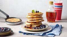 Pancakes z borówkami - poznaj najlepszy przepis. ⭐ Sprawdź składniki i instrukcje na KuchniaLidla.pl!