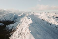 michaelbrunt:  High above the Southern Alps of New Zealand.