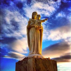 The Mary Statue in Rockport, Texas - I must find this! There is no link...
