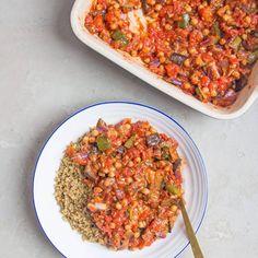 Roast veg and chickpea stew - Deliciously Ella Veggie Recipes, Vegetarian Recipes, Dinner Recipes, Cooking Recipes, Healthy Recipes, Vegan Stew, Deliciously Ella, Chickpea Stew, Roasted Vegetables