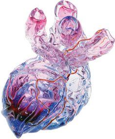 Corazón de vidrio soplado (florero) de Justin Parker (Esque Studio)