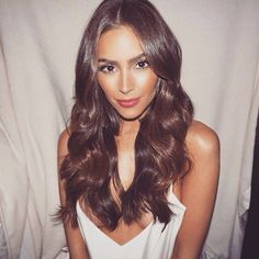 Magic boucle™ | Fer à friser automatique#automatique #bouclé #fer #friser #magic Long Curly Hair, Long Hair Cuts, Celebrity Hairstyles, Wig Hairstyles, Hairstyle Ideas, Wedding Hairstyles, Olivia Culpo Hair, Medium Hair Styles, Curly Hair Styles