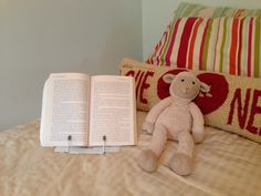 Hands Free Book Stand $22.00