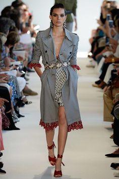 inspiração para modificar um casaco de outono do ano anterior e ganhar uma peça nova.