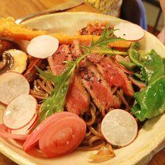 Tataki beef with vegetable tempura pickled vegetables on a bed of soba noodles. Jealous I didn't order this as girlfriend said it was delicious. . . . #foodpics #foodstagram #foodie #eat #eatstagram #instaeat #instafood #instafoodie #dinner #organic #bio #parisfood #parisfoodfreak