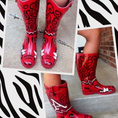 Razorback rain boots @Shannon Mangham I need you to paint these for me!! :)