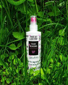 Four Reasons Color Mist hellii erityisesti värjättyjä hiuksia, mutta sopii kaikille, jotka haluavat hiuksilleen kiiltoa ja eloisuutta! 🗝 UV- ja lämpösuojan sisältävässä Color Mist -hoitosuihkeessa on vahvistavaa keratiinia sekä oliiviuutetta, joka suojaa hiusväriä haalistumiselta.🗝 Täydellinen kesätuote! Lue lisää Four Reasons -tuotteista: www.fourreasons.fi, #fourreasons #hairproduct #colormist Hair Type, Mists, Cleanse, All Things, Conditioner, Personal Care, Instagram, Self Care, Personal Hygiene
