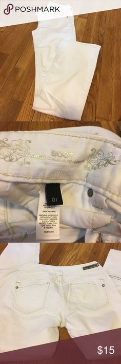 White Boot Cut Jeans Express. Worn twice. Like new condition. 0r Express Jeans Boot Cut