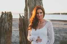 #maternity #maternityphotography #beachmaternityphotography maternity beach maternity www.paigejonesblog.co