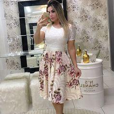 """316 Likes, 3 Comments - Moda Evangélica ® (@look.evangelica) on Instagram: """"Vestido princesa R$169.90 + frete + brinde surpresa . . Compras pelo whatsapp 62 98444 5019 . . .…"""""""