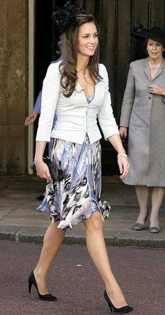 princess diana blue and white floral dress australia | Kate Middleton Imágenes
