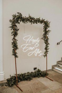 Wedding Frames, Wedding Signs, Wedding Venues, Wedding Aisles, Wedding Ceremonies, Hotel Wedding, Dream Wedding, Wedding Day, Gold Wedding