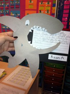 Cute shark writing / craft: Use with Clark the Shark. What makes a good friend! Kindergarten Writing, Teaching Writing, Writing Activities, Literacy, Teaching Ideas, Writing Ideas, Creative Writing, 2nd Grade Classroom, Classroom Themes