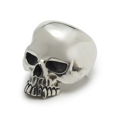 The Great Frog 'Large Evil Skull' Ring. Handmade in London from hallmarked .925 British sterling silver.