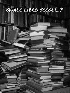 I libri che da tanto tempo hai in programma di leggere... Halloween, Wood, 3, Woodwind Instrument, Timber Wood, Wood Planks, Trees, Halloween Stuff, Woodworking