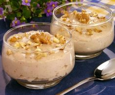 Mousse de nozes The post Mousse de nozes appeared first on Gastronomy and Culinary. Portuguese Desserts, Portuguese Recipes, Delicious Desserts, Dessert Recipes, Yummy Food, Other Recipes, Sweet Recipes, Brazilian Dishes, My Dessert