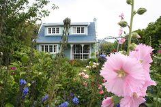 Akaroa House, New Zealand New Zealand South Island, April 3, Aussies, Great Shots, Amazing Places, The Good Place, Destinations, Scenery, Australia