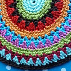 Karin aan de haak: Noorse Pannenlap...nice combination of colours and stitches