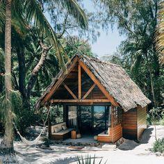 Constance Hotel & Resort in Tsarabanjina, Madagascar. Photo by - desket design - Hotel Surf Shack, Beach Shack, Hotel Am Meer, Beach Bungalows, Design Hotel, House Design, House Goals, Beach Cottages, Island Life