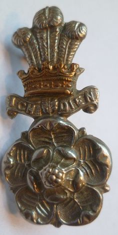 Alexandra Princess Of Wales Own Yorkshire Yeomanry, Hussars Cap Badge. A nice original badge with two lugs to the rear. Worn 1908 - World War One badges British Uniforms, British Armed Forces, Military Cap, World War One, Princess Of Wales, British Army, Commonwealth, Yorkshire, Badges