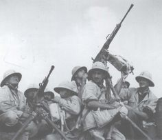 Blackshirts in the western desert in mid-1940. (Archivio Centrale dello Stato, Rome), pin by Paolo Marzioli