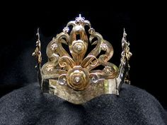 Vintage Bridal Crown/Traditional by mistyalbion on Etsy, £190.00