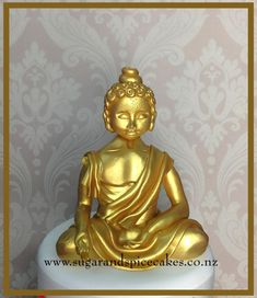 Gold Meditating Buddha - Cake by Mel_SugarandSpiceCakes