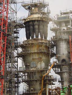 refinery_tower_singapore_shell_cracking_high_resolution_desktop_1200x1600_wallpaper-305581.jpg (1200×1600)