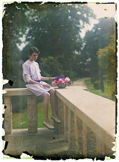 Etheldreda Laing was known for her work with early color photography, particularly for the series of pictures of her daughters.