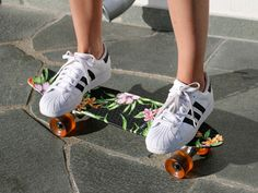 Face Hunter, Oslo, Yvan Rodic, Adidas, skateboard, flower pattern, urban