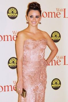 Penelope Cruz is in Rome With Love. Click on the star for more photos! #examinercom