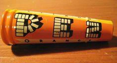 Vintage PEZ No Feet Tin Blower Rare c1940's-1950's  Working Condition Pez Toy