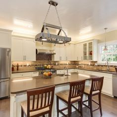 Architectural/Real Estate - traditional - Kitchen - Portland - Ash Creek Photo