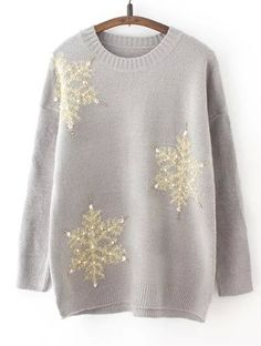 Snowflake graphic sweater makes you warm in freezing winter. X'mas is coming, dress up yourself.
