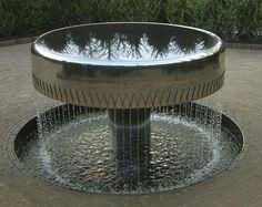 Meniscus — William Pye water sculpture