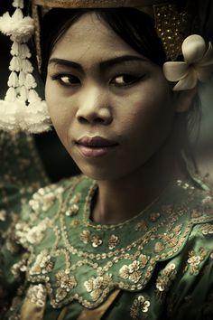 CAMBODIA by DIEGO ARROYO, via Behance
