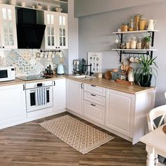 3 Simple Improvement Ideas For Your Kitchen Space – Home Dcorz Kitchen Room Design, Kitchen Sets, Home Decor Kitchen, Interior Design Kitchen, Kitchen Furniture, Home Kitchens, Country Kitchen Designs, Sweet Home, Kitchen Remodel