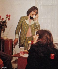 George Harrison and Eric Clapton (in 1969 at Apple Offices)