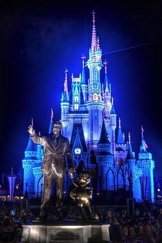 Disneyworld, Orlando Florida - Travel Pinspiration on the blog!