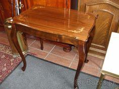 Stylovy stolik - 1