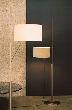 Minimalismo en imágenes: 25 lámparas de pie minimalistas