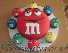 first birthday party idea Birthday Cake For Him, Boss Birthday, Birthday Cakes For Teens, Cupcake Birthday Cake, Cupcake Art, Cupcake Cakes, Cupcakes, M And S Cakes, Mnm Cake