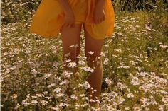 Image about love in vintage vibes by i n g e on We Heart It Summer Aesthetic, Aesthetic Vintage, Aesthetic Photo, Aesthetic Pictures, Flower Aesthetic, Aesthetic Grunge, Aesthetic Yellow, Aesthetic Pastel, The Last Summer