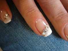 Hochzeit nail art wedding strass in 2019 Wedding Manicure, Wedding Nails For Bride, Bride Nails, Manicure And Pedicure, Prom Nails, Wedding Makeup, Jamberry Wedding, White Manicure, French Nails