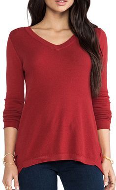 skipper v-neck sweater  http://rstyle.me/n/naaeapdpe